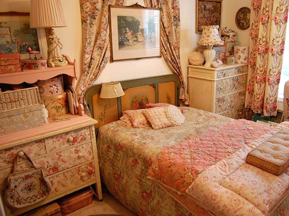 Antique Bedroom Ideas Vintage Bedroom Decorating Ideas